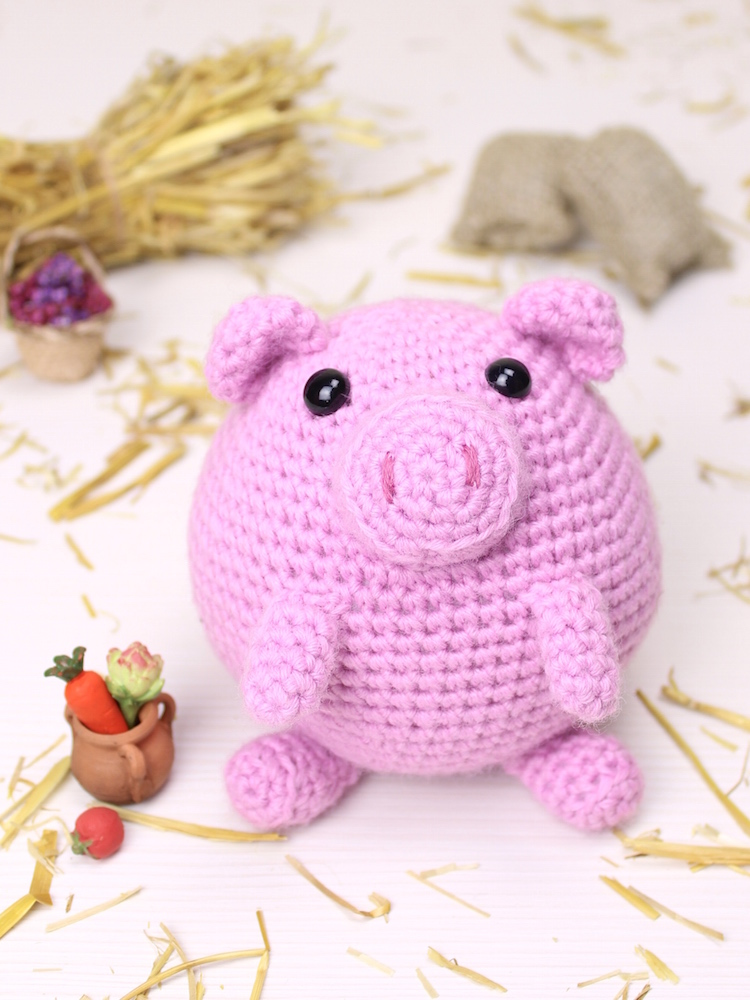 Puffy the little pig amigurumi crochet pattern by Tremendu 1