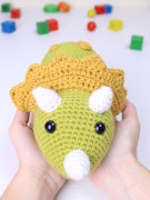 Tuki the triceratops dinosaur amigurumi crochet pattern by Tremendu 2