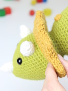 Tuki the triceratops dinosaur amigurumi crochet pattern by Tremendu 3