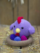 Piki the hen amigurumi crochet pattern by Tremendu 2