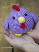 Piki the hen amigurumi crochet pattern by Tremendu 3