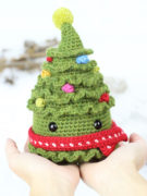 Jolly the Christmas tree amigurumi crochet pattern by Tremendu 4