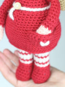 Berry the Christmas Elf amigurumi crochet pattern by Tremendu 3