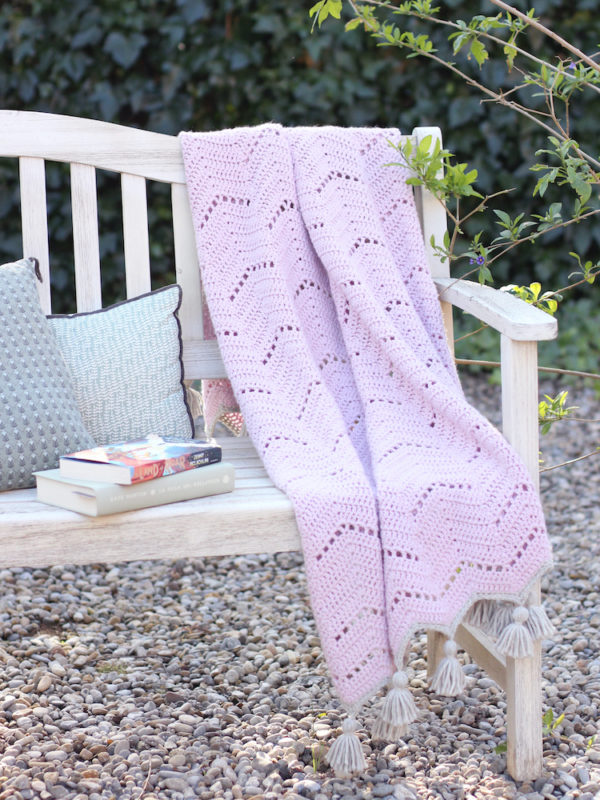 Lacy chevron blanket 3